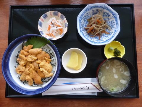 生ウニ丼1.JPG