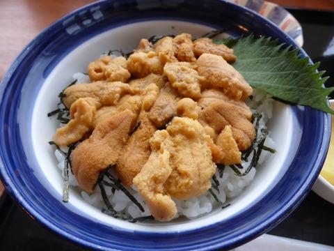 生ウニ丼2.JPG